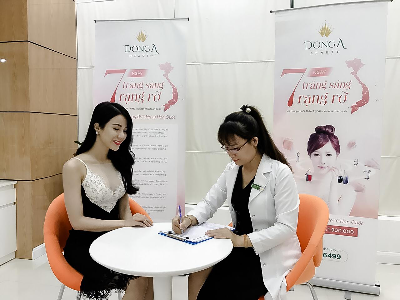"""Vén màn dịch vụ chăm sóc khách hàng """"hạng sang"""" liệu có đúng tại BVTM Đông Á"""